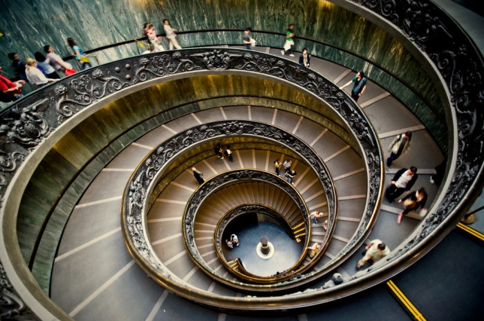Designed by Giuseppe Momo in 1932, the spiral stairs at the Vatican Museums is among the most famous stairwells in the world. Photo: Wikimedia